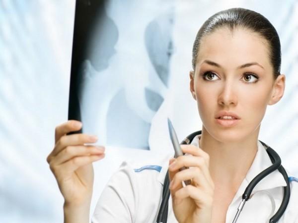 обязанности врача